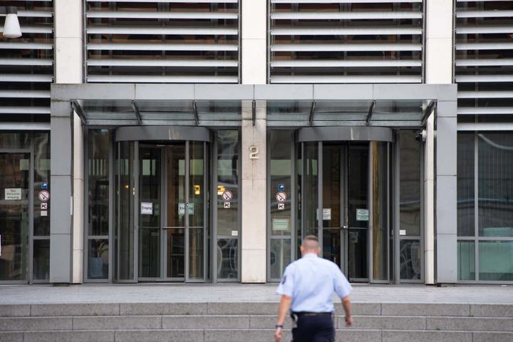 Am Landgericht in Wuppertal soll der Prozess am Freitag starten.