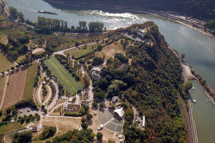 Die Loreley ist eine beliebte Touristen-Attraktion mit malerischem Ausblick.