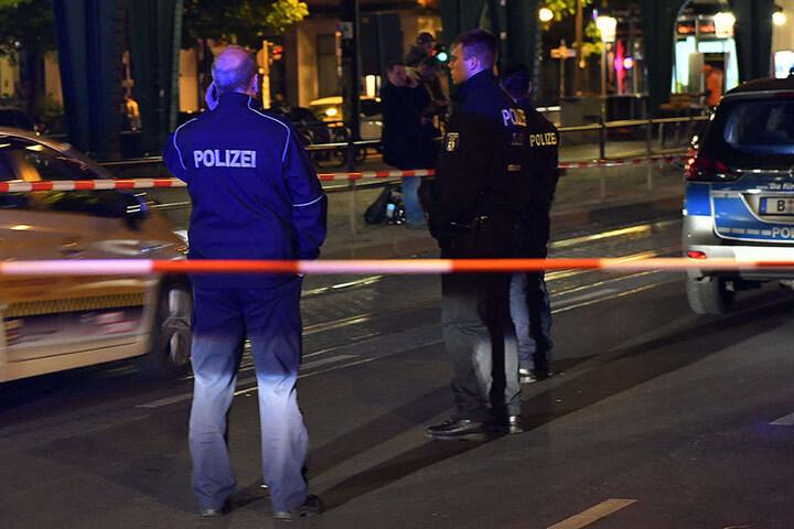 Der angeschossene Geldbote wurde in ein Krankenhaus gebracht und an der Schulter operiert.