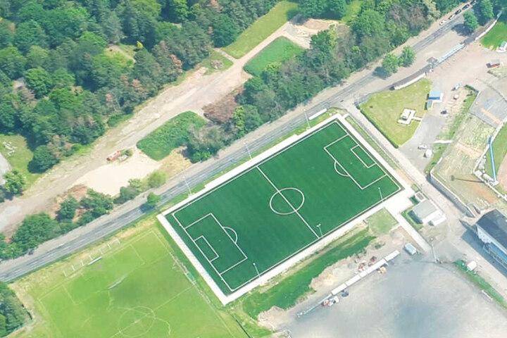 Eine Million Euro kostete der neue Platz.