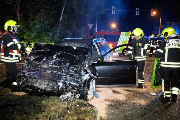 In diesem Audi saß der Todesfahrer. Er wurde schwer verletzt.