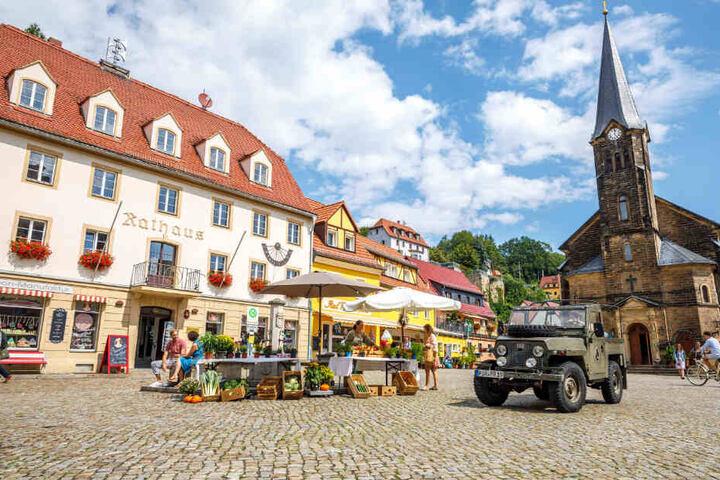 Der Wehlener Marktplatz verwandelte sich im vergangenen Sommer für mehrere Tage in das Filmset des Rangers.