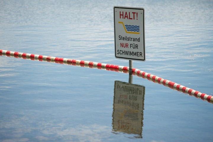 Der Unfall geschah im Schwimmerbereich des Sees. (Symbolbild)