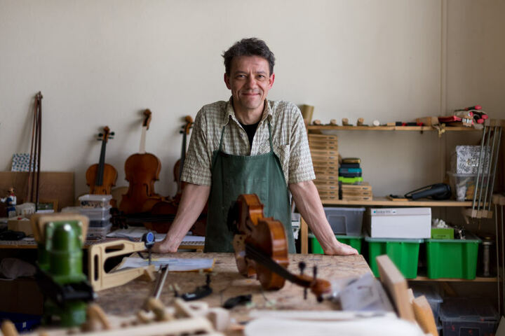 In seinem dritten Berufsleben ist Instrumentenbauer Steffen Friedel (52) noch ein Neuling - aber einer der Besten.
