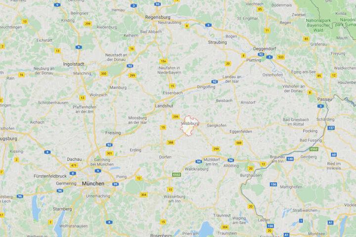 Der Vorfall ereignete sich im niederbayerischen Vilsbiburg im Landkreis Landshut.