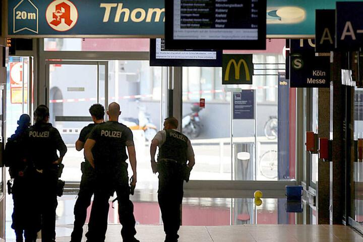 In einer Apotheke im Kölner Hauptbahnhof hatte es eine Geiselnahme gegeben.