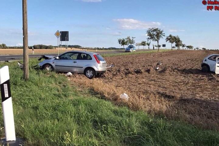Vermutlich nahm der Fahrer des Ford Fiesta dem Opel die Vorfahrt.