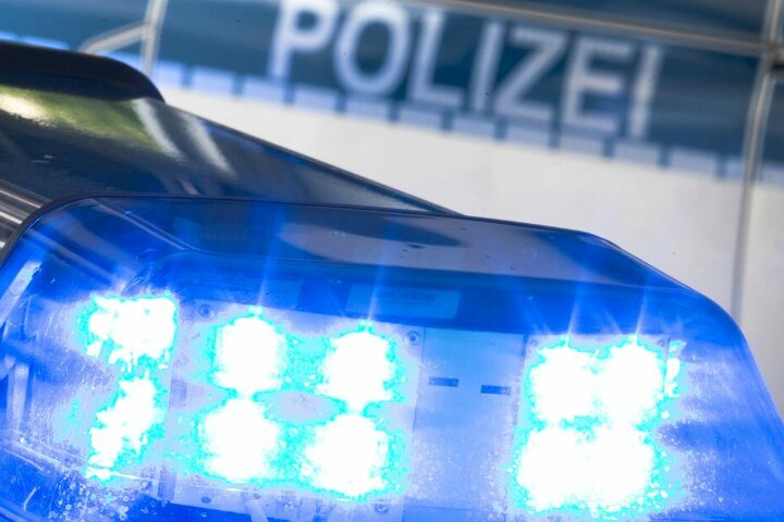 Die Polizei sucht auf Hochtouren nach dem Vermissten. (Symbolbild)