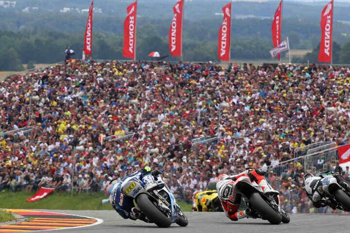 Am Rennwochenende werden 100 Fahrer aus 37 Teams am Sachsenring erwartet.