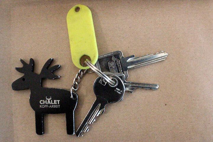 Außerdem wurde ein Schlüsselbund von den Ermittlern entdeckt.