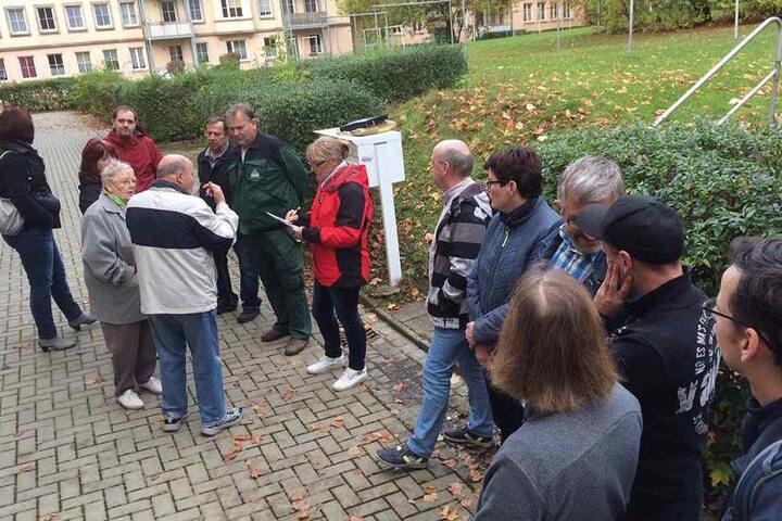 Öffentliche Mieterversammlung in der Wiesenstraße. Die GGG ruft alle Anwohner  dazu auf, die Häuser sicherer zu machen.