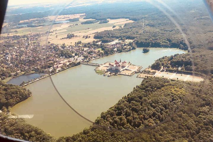 Die Aussicht auf Moritzburg entschädigt für die Flugangst.