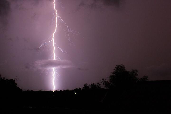 Der 45-Jährige wurde von einem Gewitter-Blitz getroffen. Er starb an der Unfallstelle.