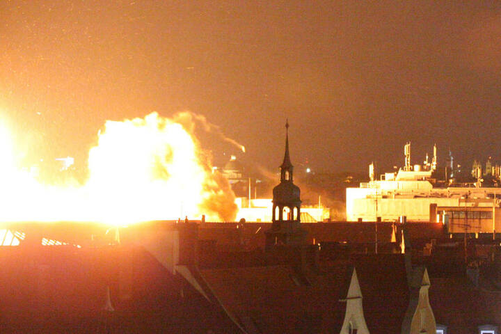 Die Fliegerbombe wurde im Münchner Stadtteil Schwabing am 28.08.2012 gesprengt. (Archivbild)
