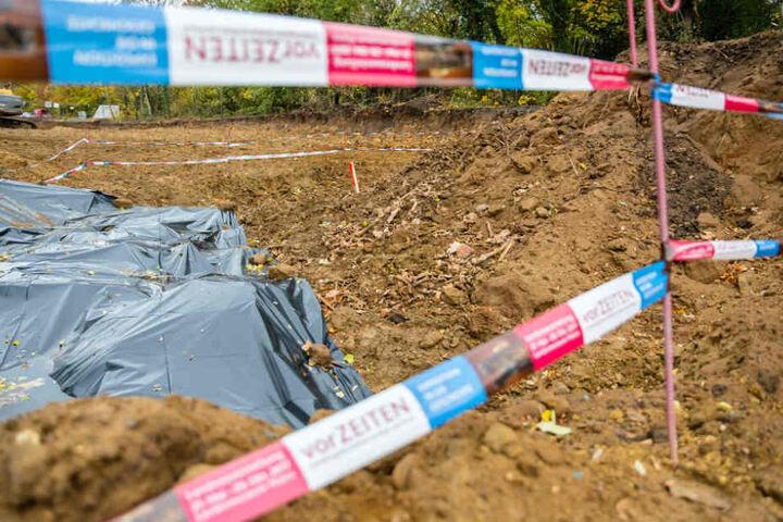 Der Bereich mit den Skeletten wurde nach dem Fund abgesperrt.
