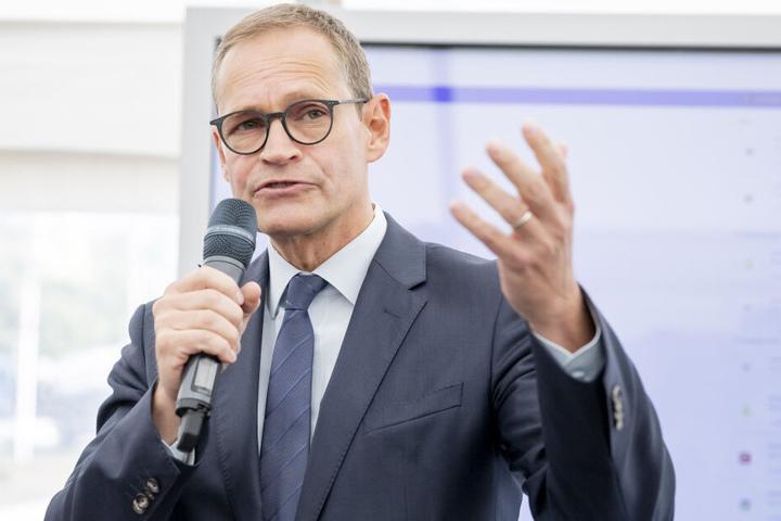 Der Regierende Bürgermeister Michael Müller (SPD) spricht sich gegen das rückwirkende Eingreifen in bestehende Mietverträge aus.
