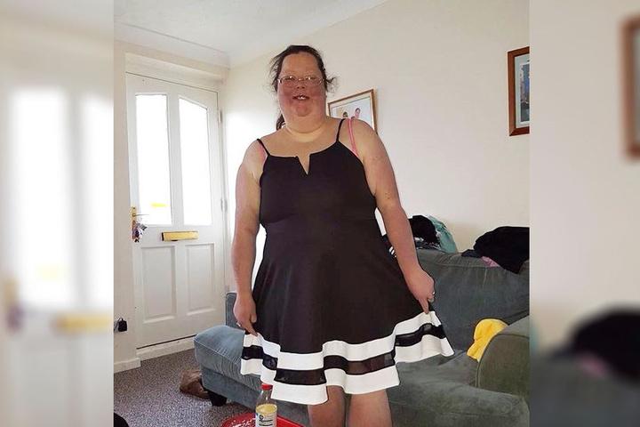 So sieht die 36-jährige Britin aus, nachdem sie 83 Kilo abgenommen hat.