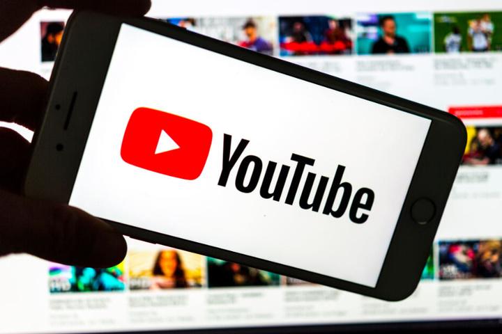 Auf YouTube sollen Upload-Filter entscheiden, welche Inhalte gegen das Urheberrecht verstoßen und welche nicht. (Symbolbild)