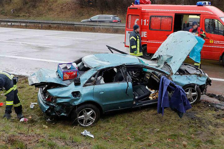 Der Audi überschlug sich mehrfach.