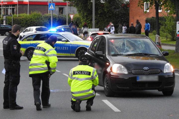 Die Polizei versucht den Unfall zu rekonstruieren.