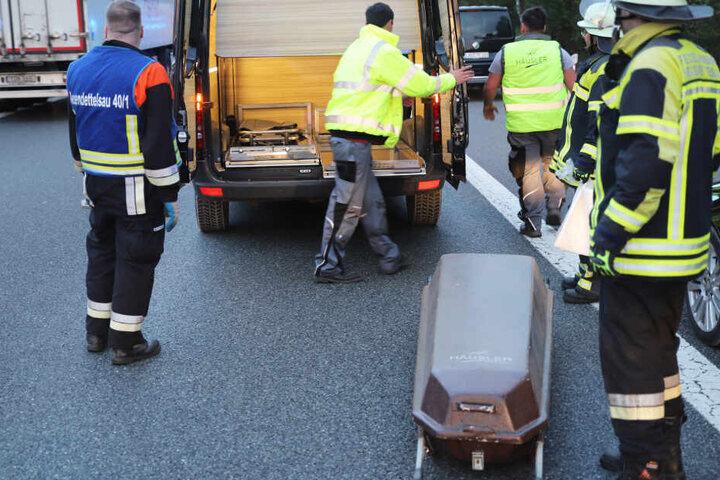 Ein Bestatter konnte nur mittels einer Polizeieskorte zum Ort des tragischen Unfalls gelangen.