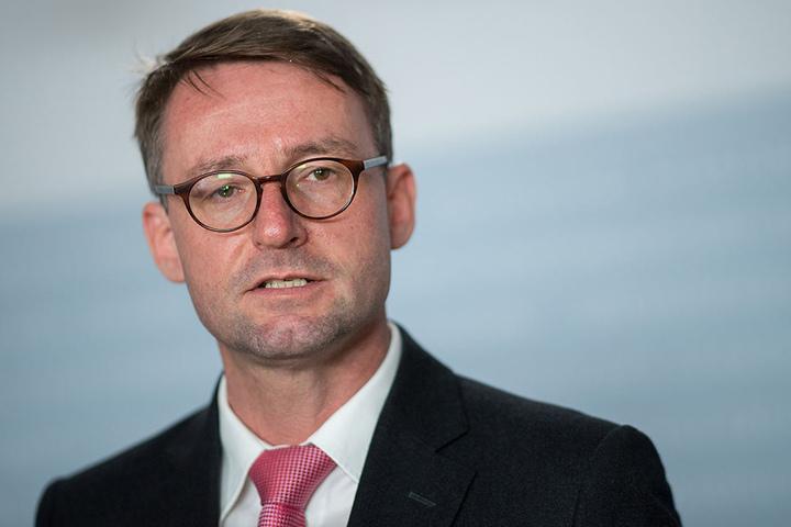 Innenminister Roland Wöller (48, CDU): Sachverständige sollen das Prüfungswesen untersuchen.