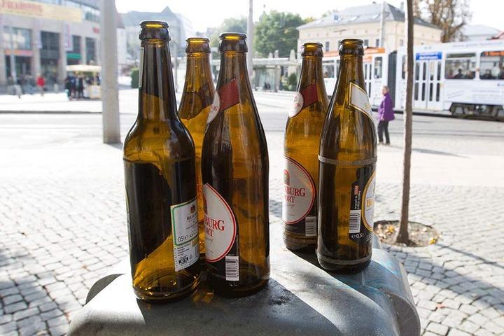Kein Bier am Postplatz: Die Stadt Plauen will ab Mai ein Alkoholverbot durchsetzen.