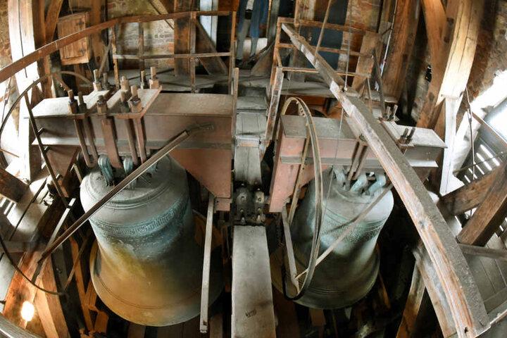 Die größte der vier Glocken, die Gloriosa, stammt aus dem Jahr 1477.