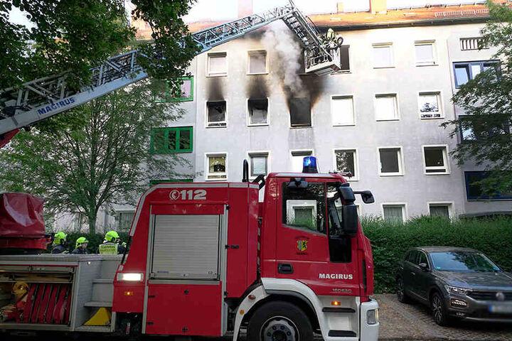 In einer Wohnung im zweiten Stock brach das Feuer aus.