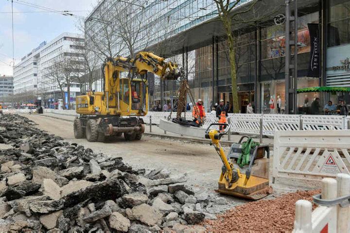 Der Umbau der Zentralhaltestelle ist in vollem Gange.
