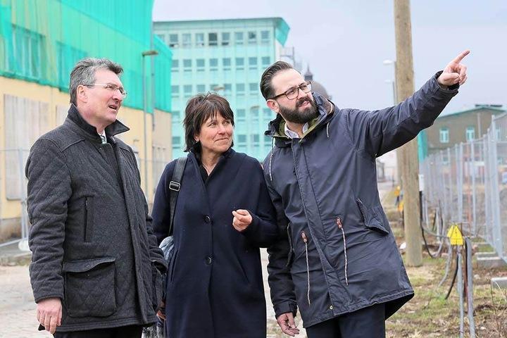 Stippvisite auch im Rathaus. Zwickaus Oberbürgermeisterin Pia Findeiß (61, SPD) empfängt morgen den US-Generalkonsul Timothy Eydelnant (44).