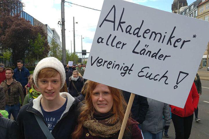 Auch viele Studenten und Schüler marschierten mit, um freie Wissenschaft und Forschung ein Zeichen zu setzen.