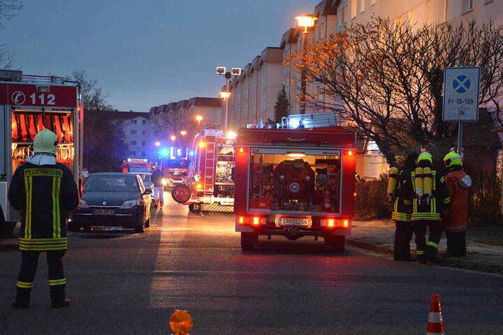 Die Feuerwehren aus Spremberg rückten mit 38 Kameraden aus.