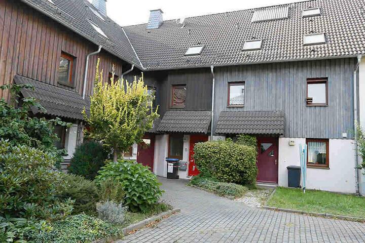In diesem Haus im Stadtteil Ebersdorf geschah die blutige Tat.