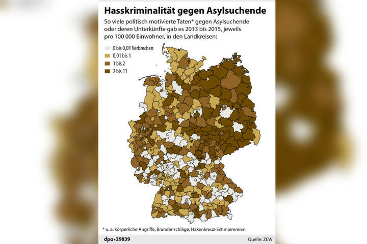 """Grafik: Hassverbrechen im """"echten Leben"""" pro 100.000 Einwohner in den Landkreisen der Bundesrepublik (2013 bis 2015)"""