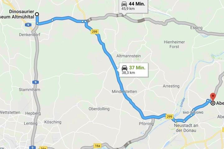 Der Dino legte von seinem Zuhause im Museum Altmühltal gut 40 Kilometer nach Abensberg zurück.
