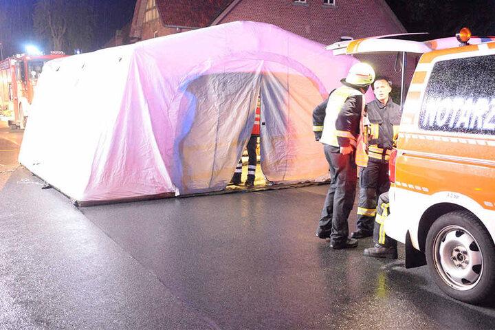 Noch vor Ort wurden die ersten Schwerverletzten behandelt.