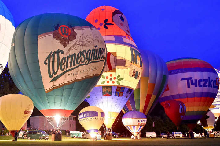Das Ballonglühen auf der Küchwaldwiese wird der Höhepunkt des Festes.