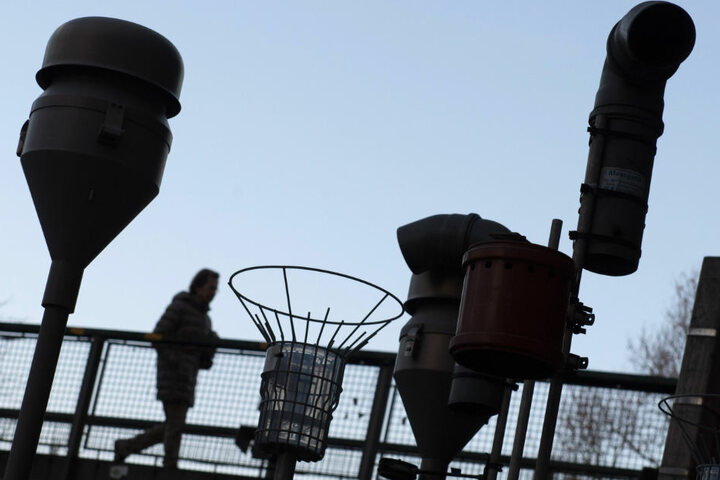 Die Geräte der Feinstaubmessstation am Neckartor zeichnen wieder höhere Werte auf.
