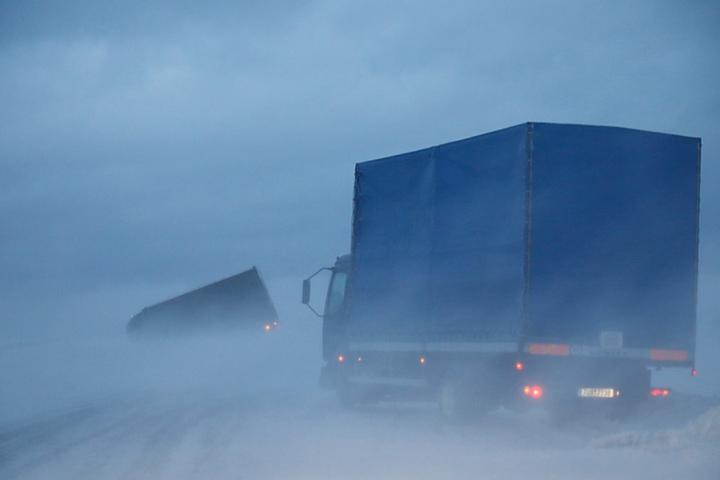 Auch Schneeverwehungen sorgten für Chaos.