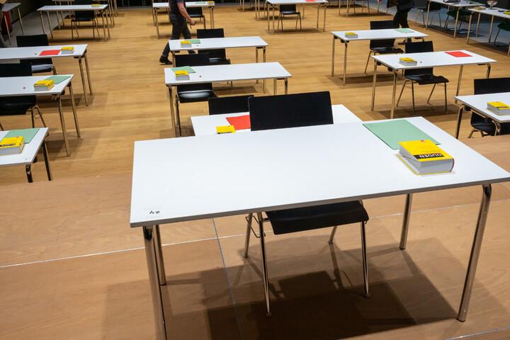 Zulauf für Petitionen gegen Abi-Prüfung: Mathe-Klausuren