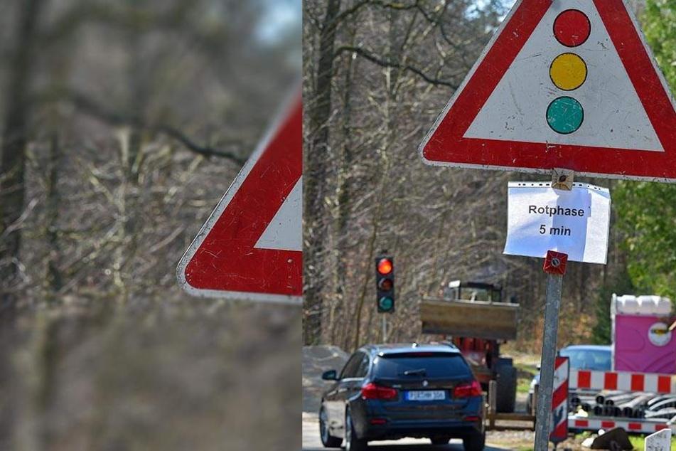 """""""Rotphase 5 min"""" - so warnte ein Aushang an der Gänsefuß-Ampel! """"Damit Autofahrer nicht denken, dass die Ampel kaputt ist"""", erklärte ein Arbeiter."""