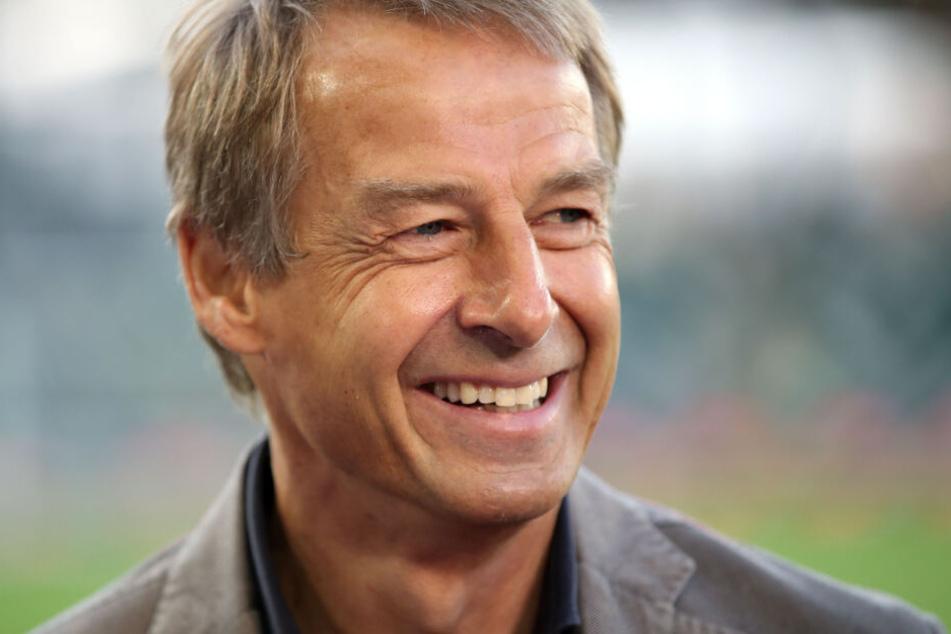 """Jürgen Klinsmann kann über seinen eigenen """"Fehltritt"""" aus dem Jahre 1997 sicher lachen. Damals war ihm jedoch nicht allzu sehr zum Lachen zumute."""