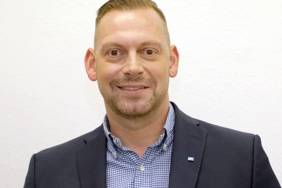 AfD-Stadtrat Lars Franke (44) ist froh, dass Stadt und Klinikum reagieren und die Gefahrenstelle durch einen Umbau entschärfen.