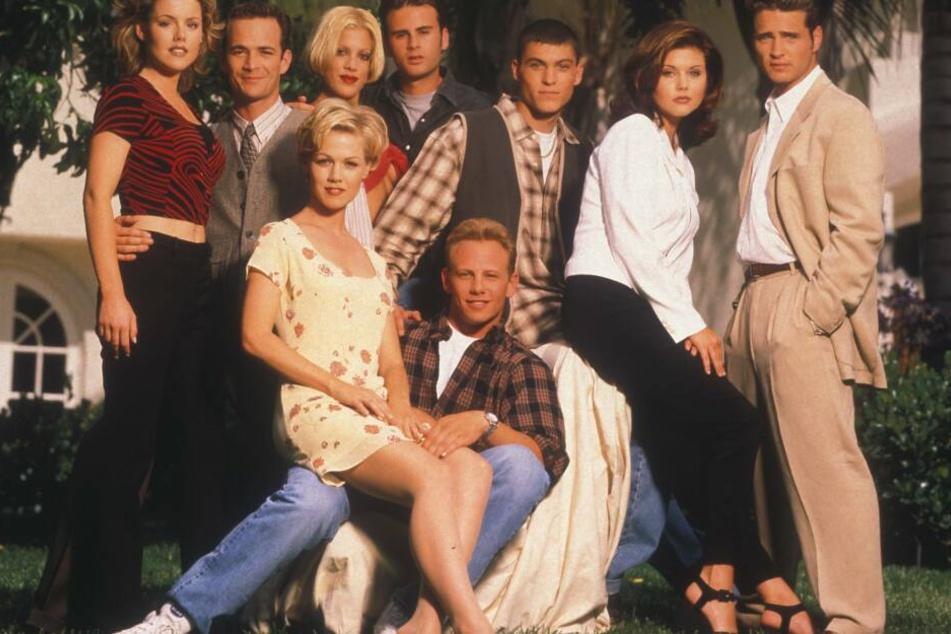 """Die Kultserie aus den Neunzigern, """"Beverly Hills, 90210"""", soll neu aufgelegt werden."""