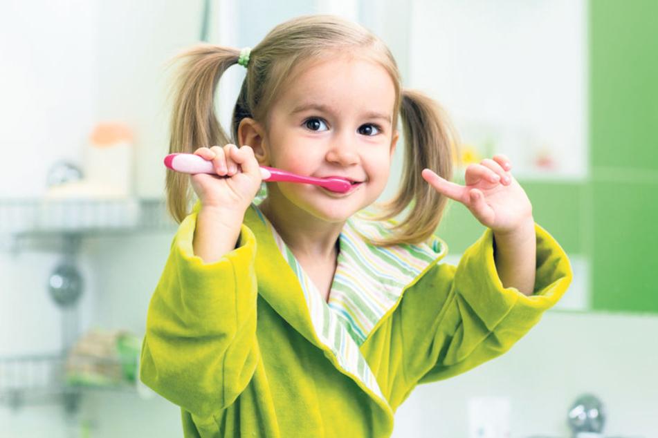 Durch Putzen bleiben Zähne gesund: Das weiß nicht nur jedes Kind, in Sachsen  machen's auch die meisten.