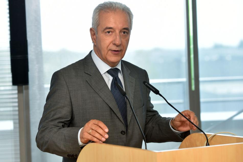 Macht sich bei der EU für sein Staatsporzellan stark: Sachsens Ministerpräsident Stanislaw Tillich (58, CDU).