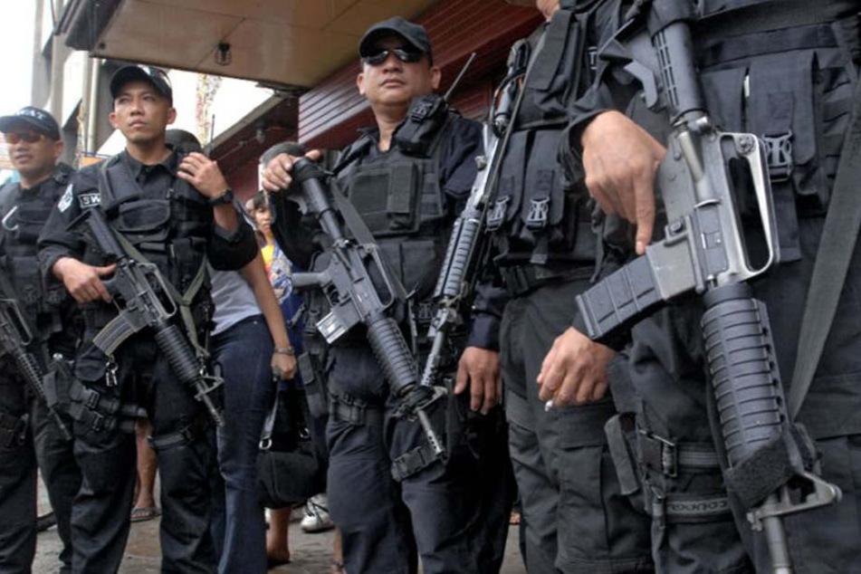 Auf den Philippinen wurden 150 Häftlinge aus einem Gefängnis befreit.