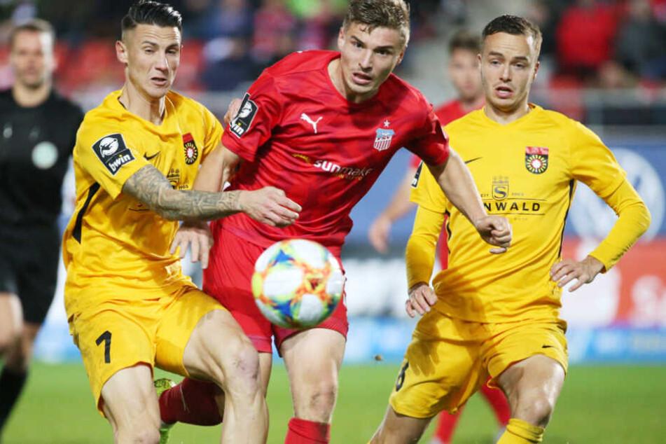 Selbst gegen Großaspach kamen 5142 Zuschauer ins Stadion.