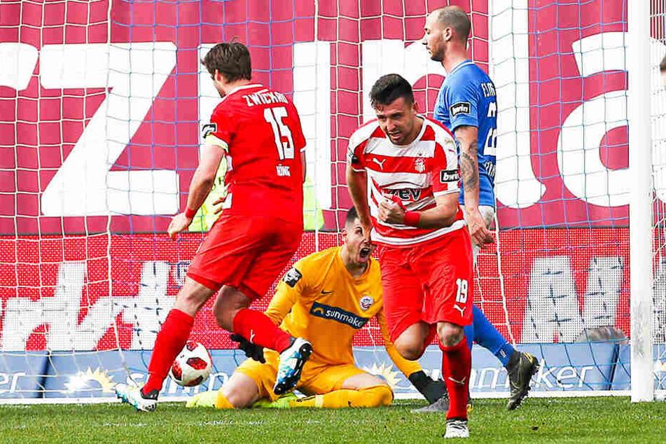 Davy Frick traf für den FSV Zwickau zum zwischenzeitlichen 1:2-Anschlusstreffer beim FC Hansa Rostock.